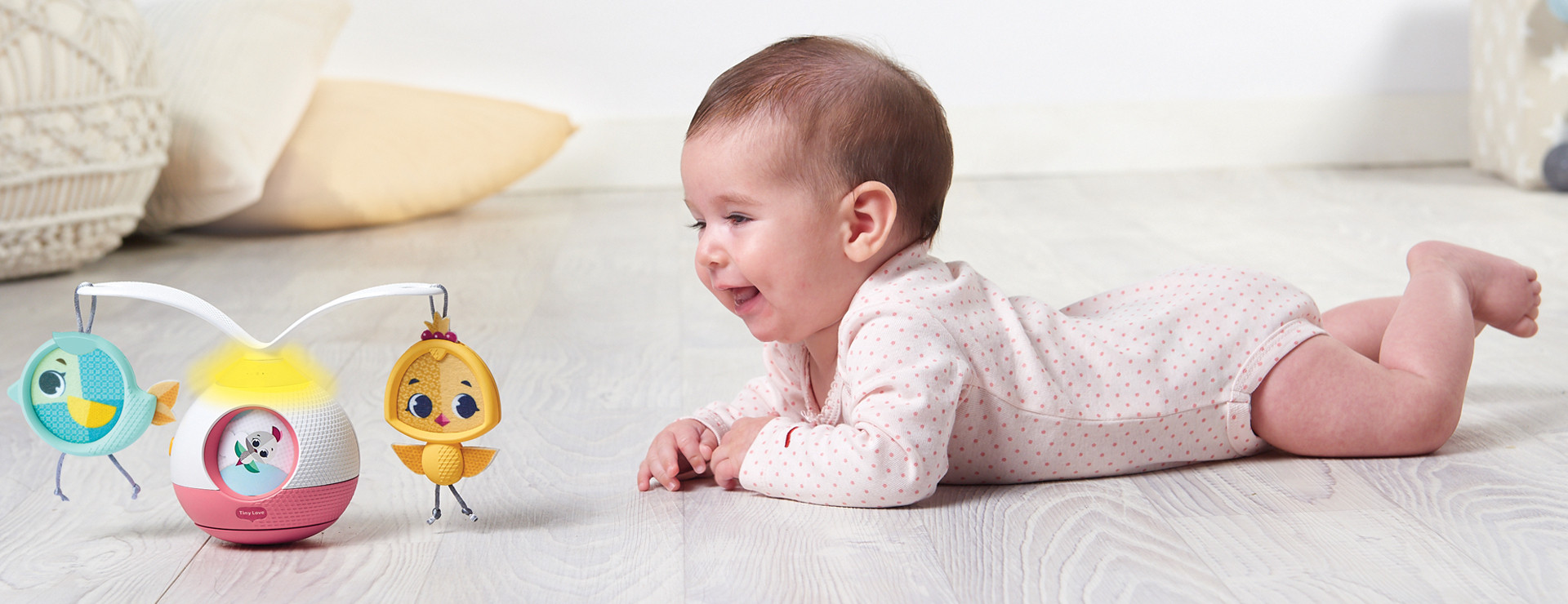 360° Rotating arms, music & lights for  fascinated baby