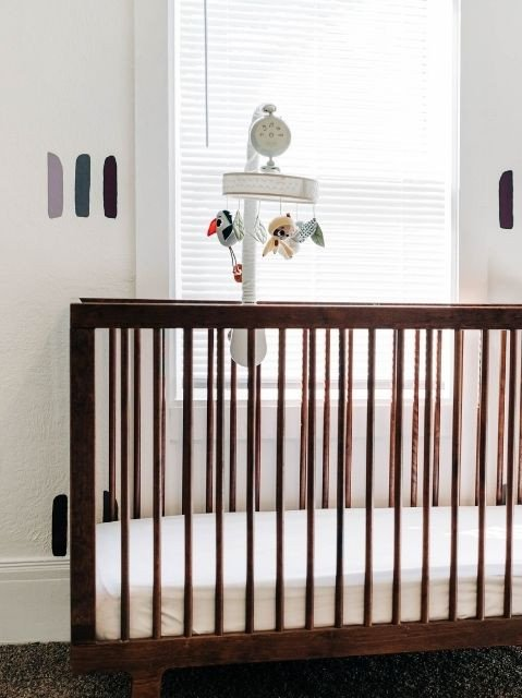 Control panel positioned at top of mobile, to ensure that baby's sleep is not disturbed