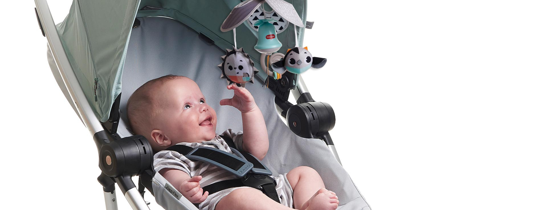 Geometric black & white design stimulates babies' vision