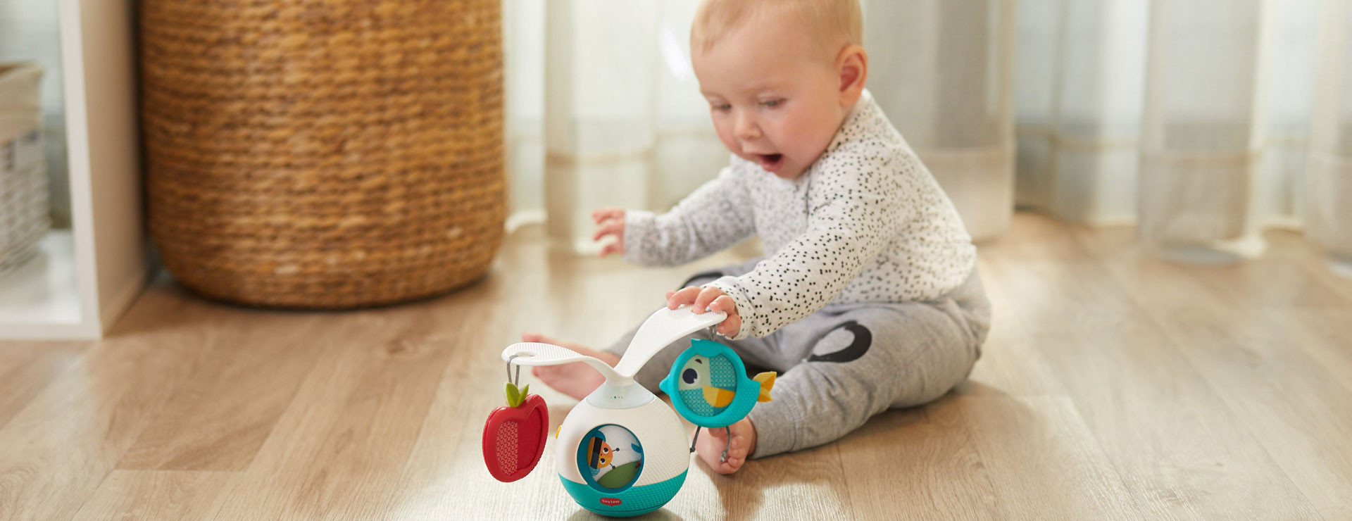Promotes baby's gross motor skills, senses, cognition and more