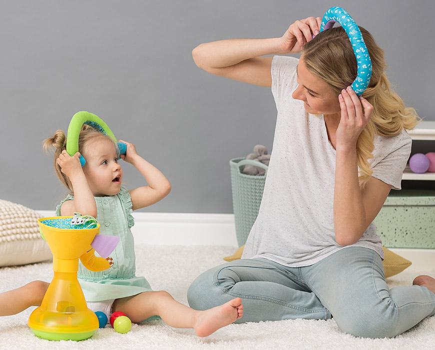 赤ちゃんに話しかけましょう!脳の発達を左右します!